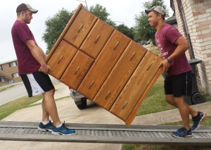 Wildcat_Movers_Moving_Companies-300x213