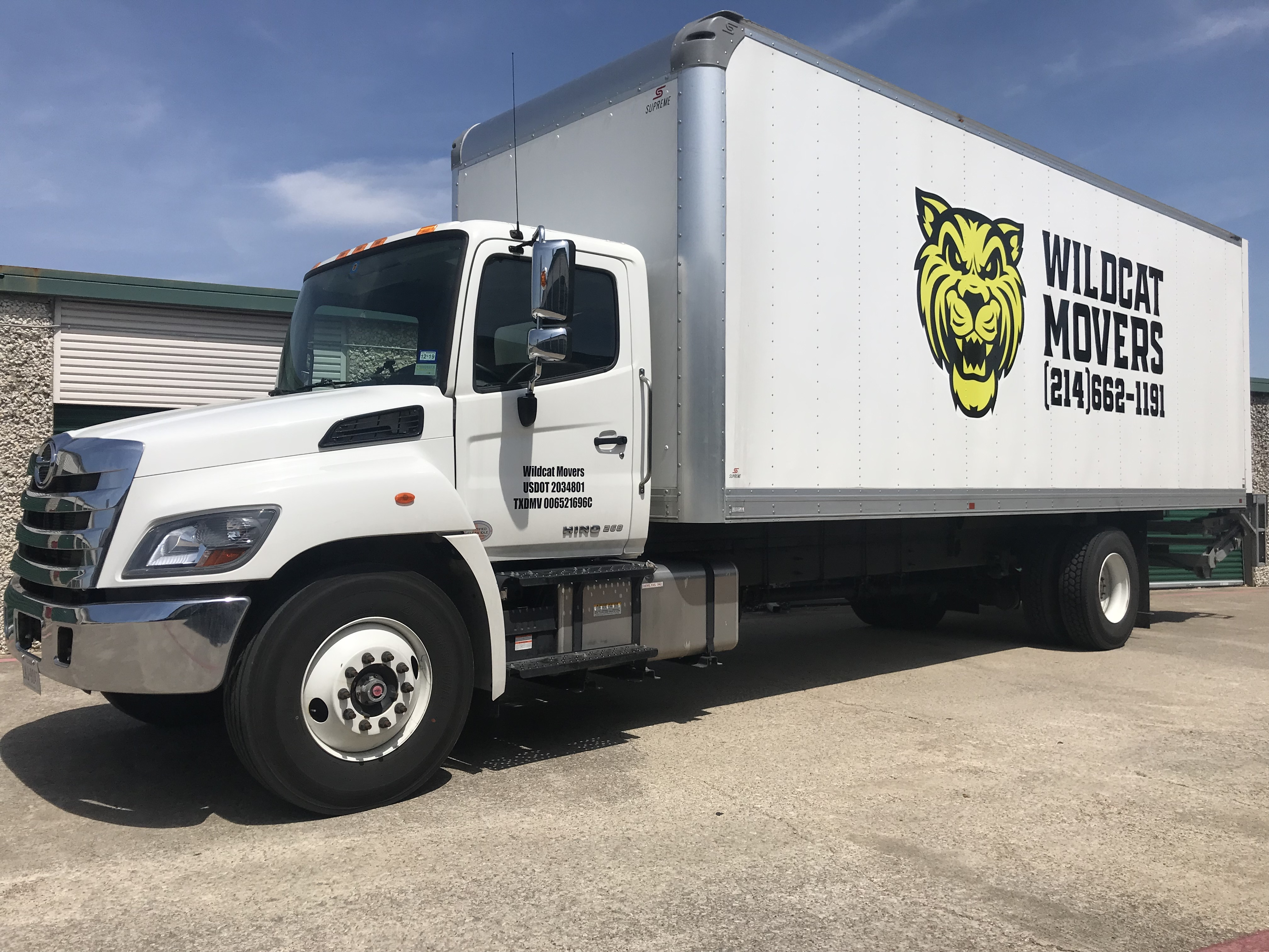 Moving Truck Companies >> Wildcat Movers The Best Dallas Moving Company Get Your